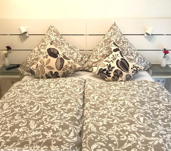 Fewo1 Bett